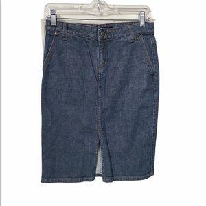 J. Crew size 2 denim pencil skirt 99% cotton.